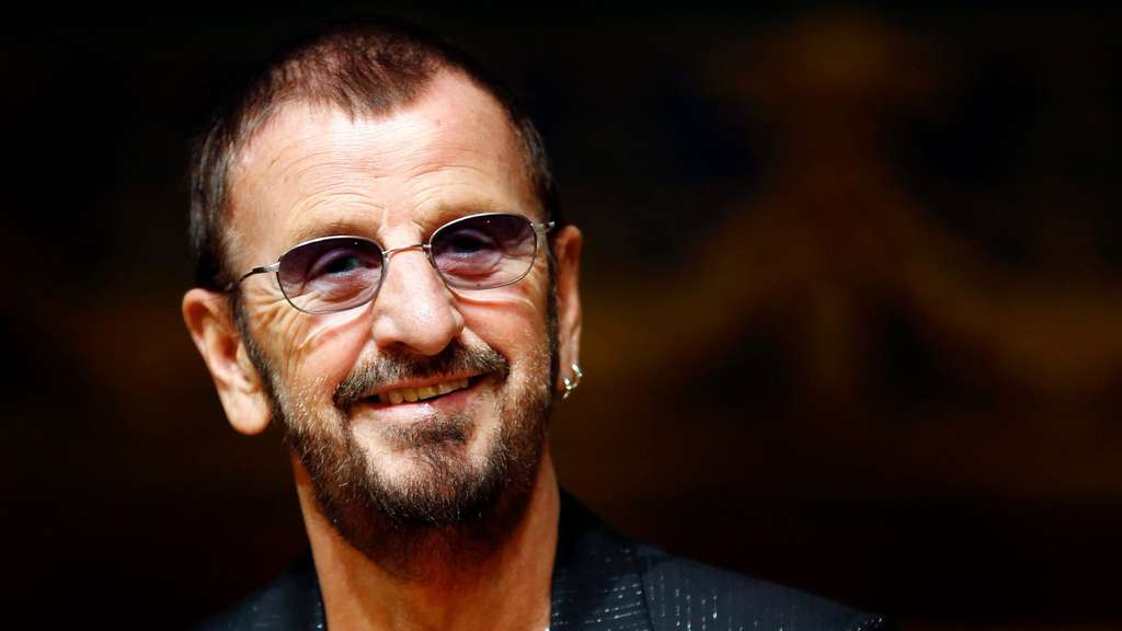 beatles legende ringo starr wird 75 boulevard. Black Bedroom Furniture Sets. Home Design Ideas