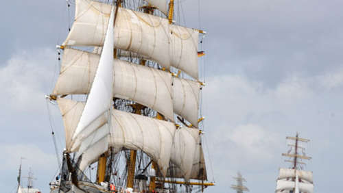 Video: Gorch Fock auf dem Heimweg