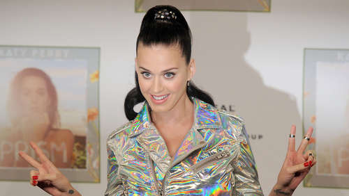 Cosmo-Girl: Katy Perry weltweit auf dem Cover