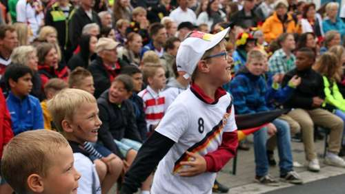 GER-POR: Public Viewing in Wesendorf