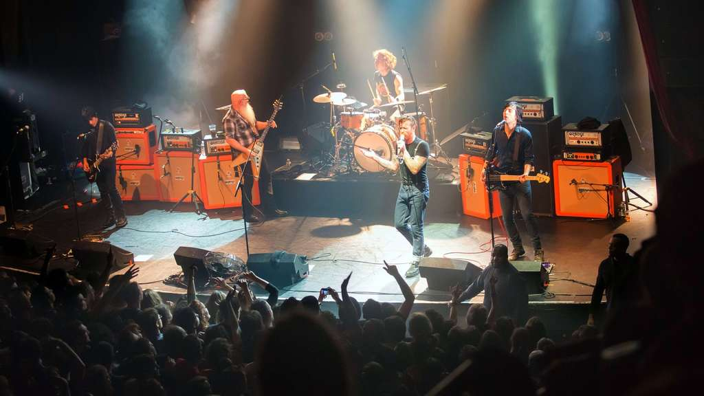 Die Eagles of Death Metal bei ihrem Auftritt in Paris.