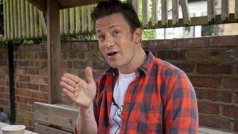 """Schande"": Starkoch Jamie Oliver attackiert Theresa May"