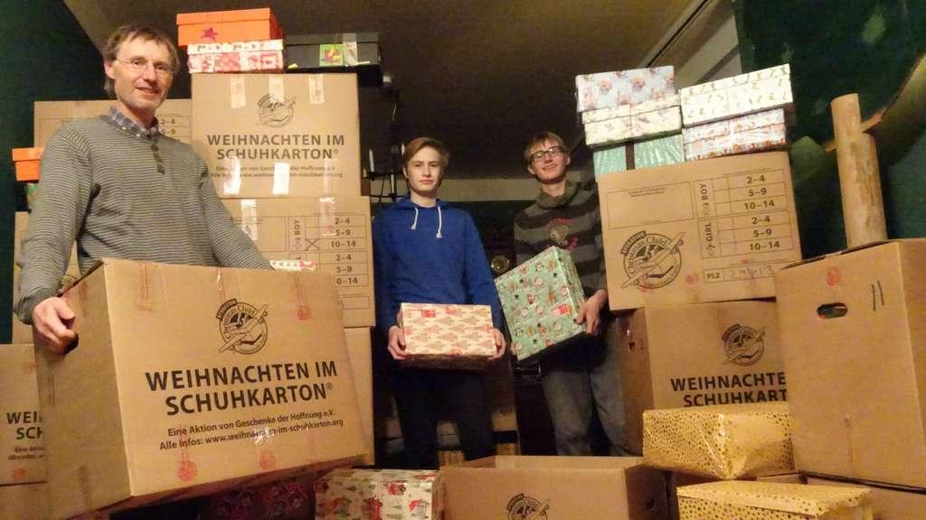 868 Geschenke gehen im Schuhkarton auf Reisen | Beetzendorf-Diesdorf