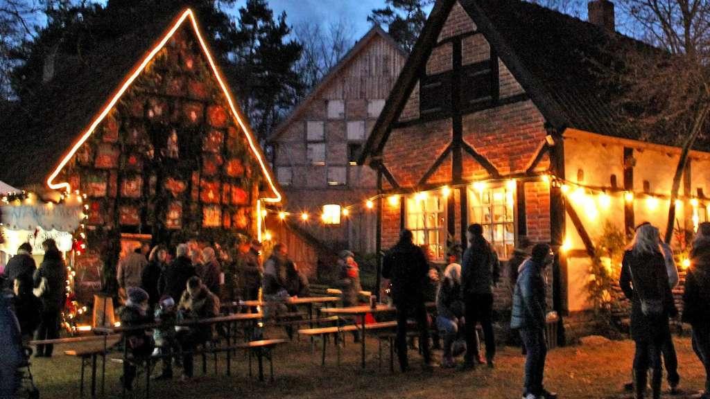 Weihnachtsmarkt Salzwedel.60 Stände Im Historischen Ambiente Beetzendorf Diesdorf