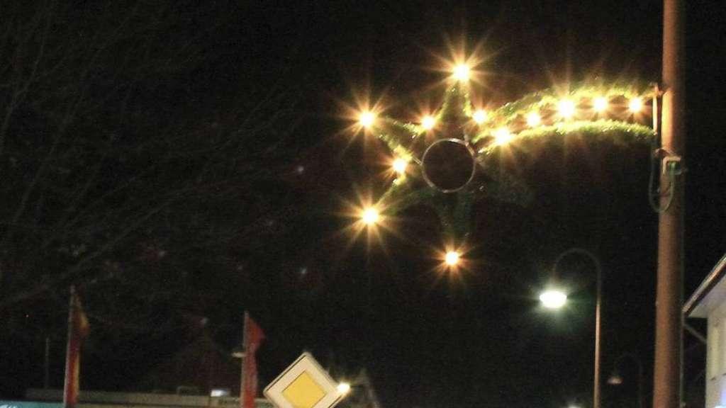 Wann Macht Man Die Weihnachtsbeleuchtung An.Weihnachtslichter Ein Sicherheitsrisiko Ebstorf