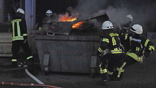 Container in Salzwedel in Flammen