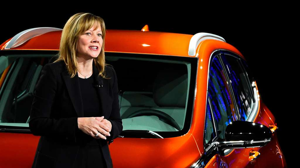 Mary Barra, CEO bei General Motors, auf einer Autoshow in Detroit.